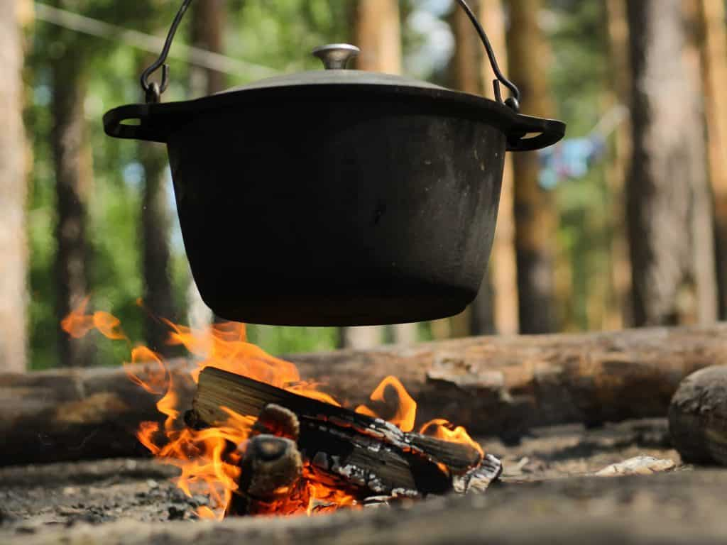 Best Dutch Oven for Camping buying guide
