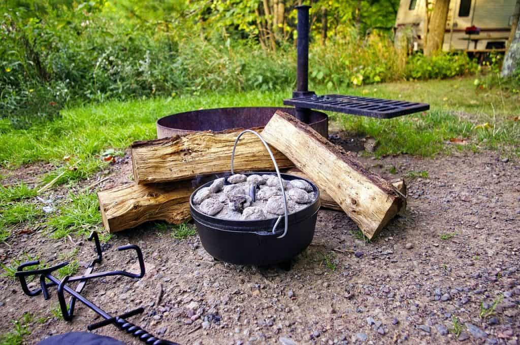 The Best Dutch Oven for Camping For The Money