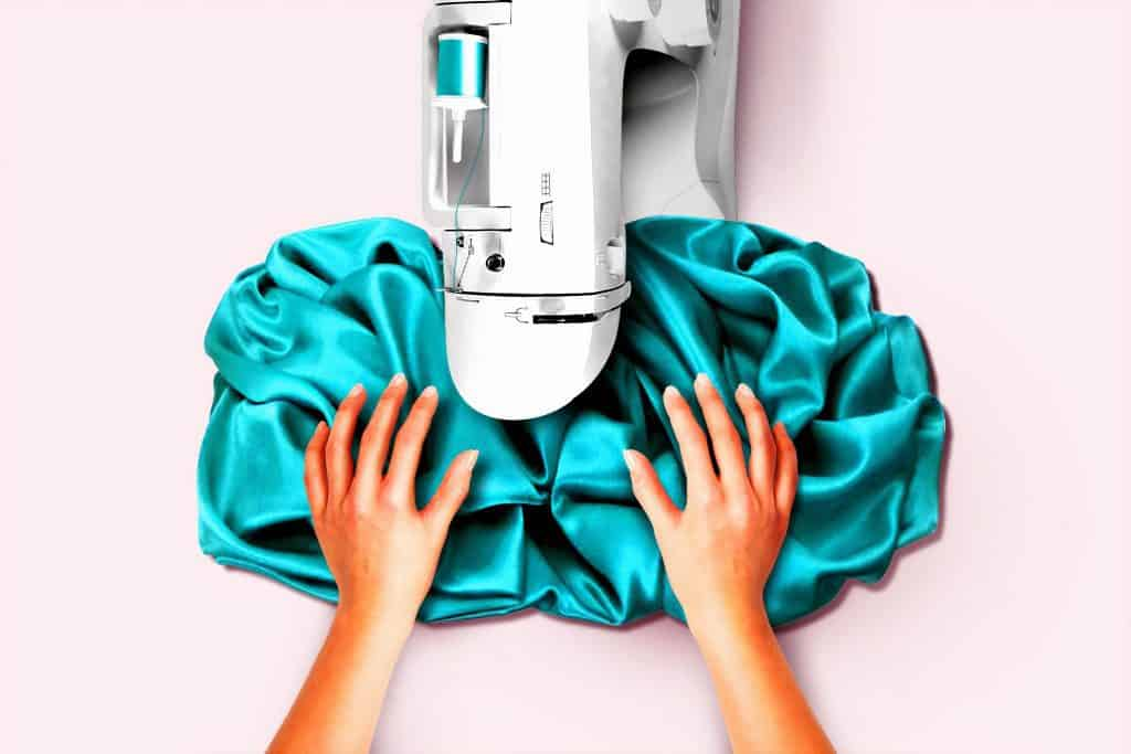 The Ultimate Beginner's Guide to the Sewing Machine