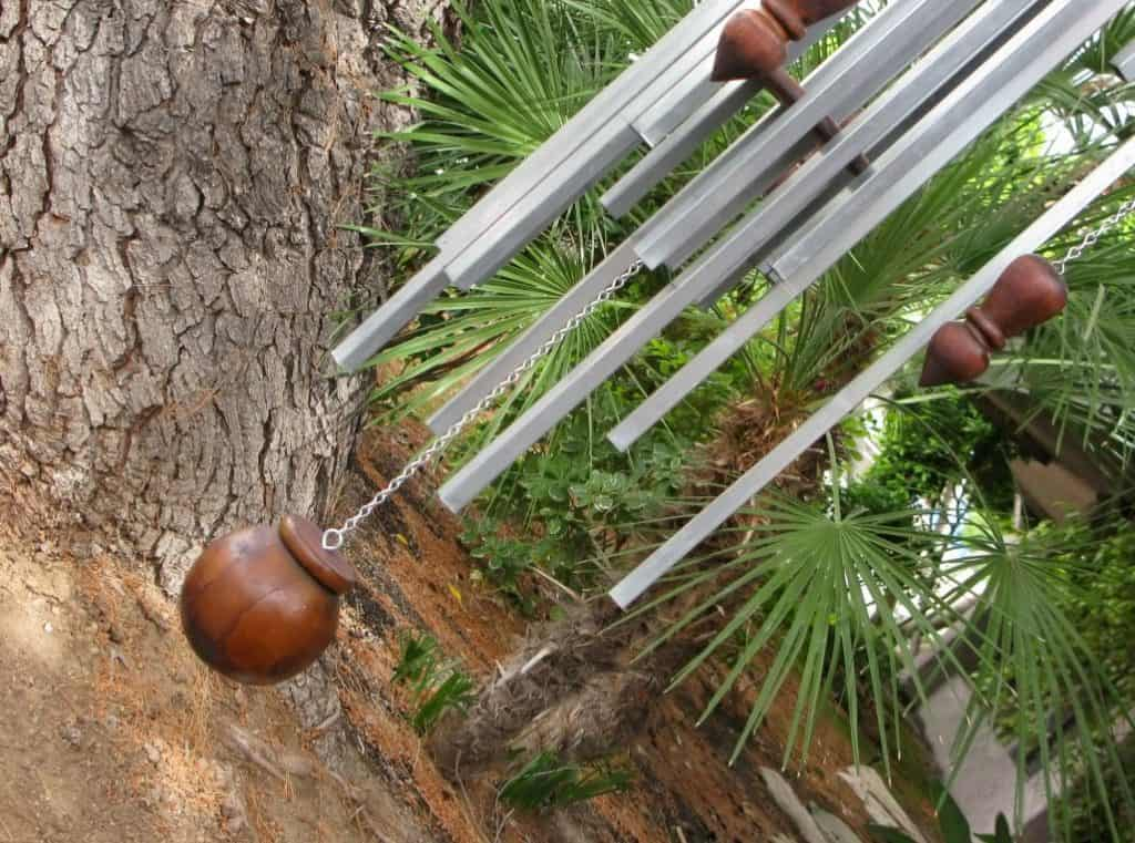 how to fix wind chime by restringing