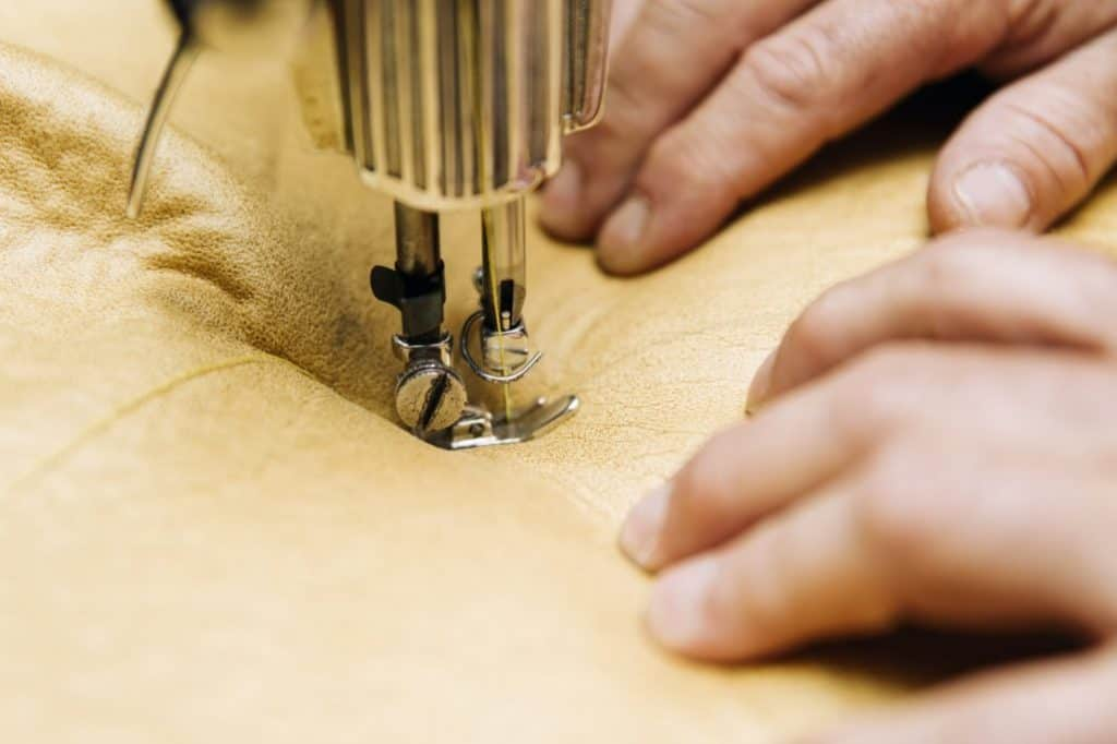 Best‌ ‌Sewing‌ ‌Machine‌ ‌for‌ ‌Upholstery for the money