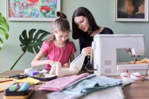 Best Sewing Machine For Teenagers
