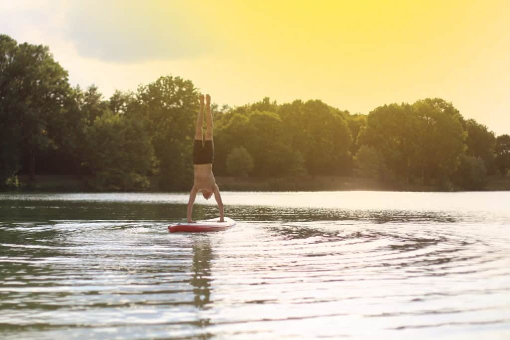 20 Paddle Board Yoga Poses to Try