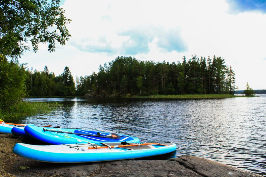 How Does the iRocker iSUP 11' Compare with Other Paddle Boards