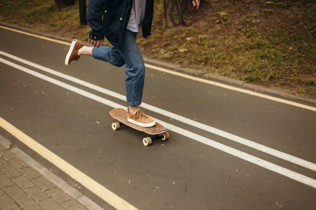 Basic Steps in Longboard Powersliding