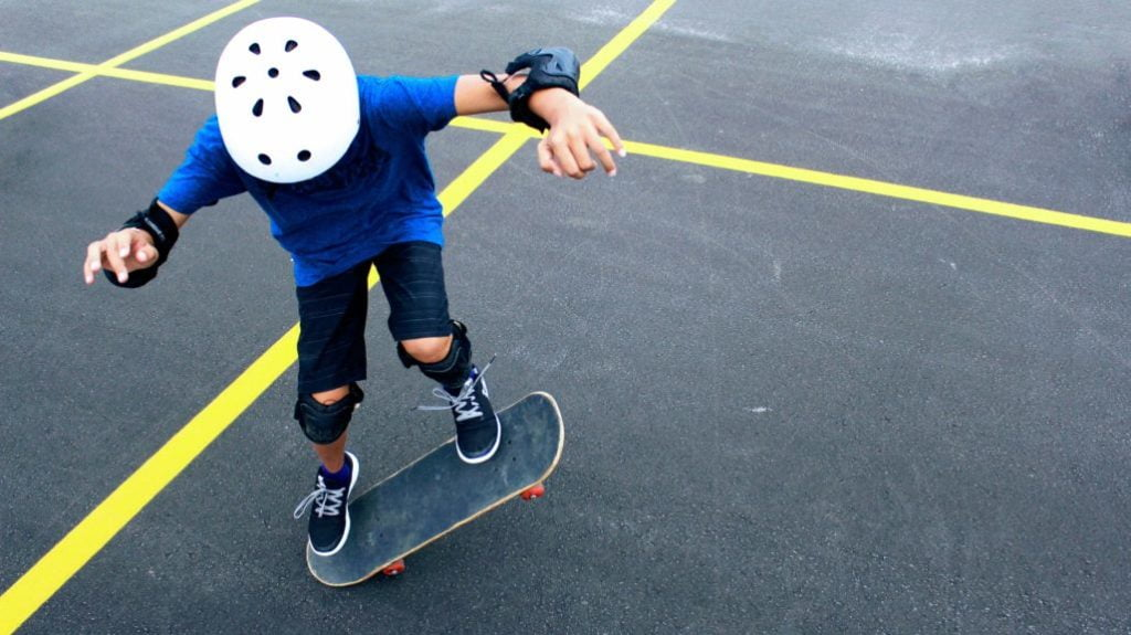 Best Skateboard For 8-Year-Old buying guide