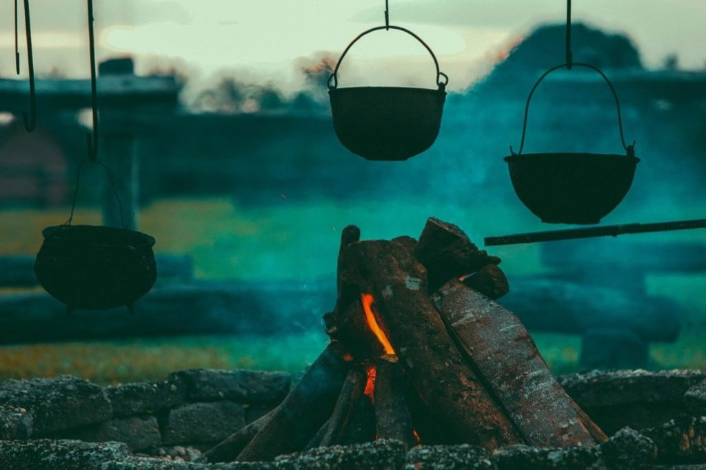 Building a Campfire for Cooking