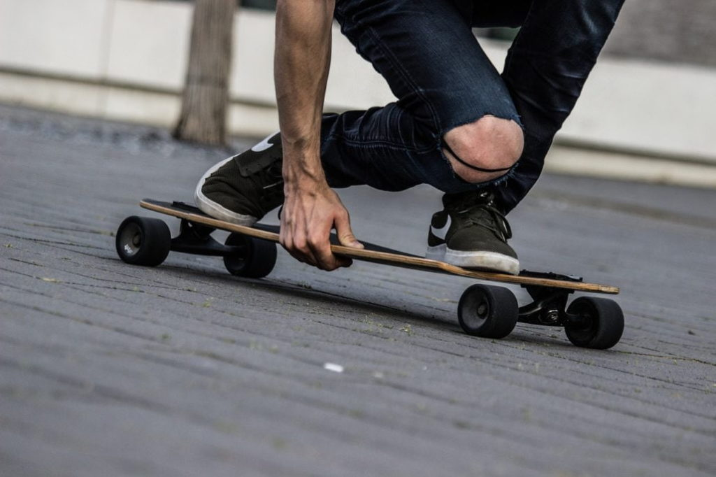 How to Choose the Right Longboard for Me