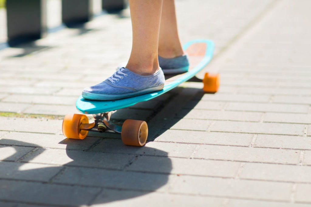 How to Choose the Right Street Surfing Longboard