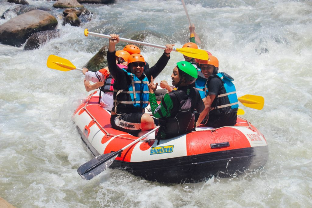 Selecting a Rafting Guide Company