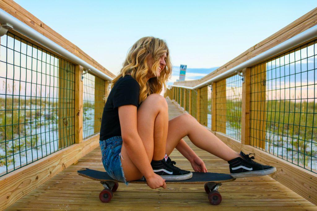 Skateboard or Longboard