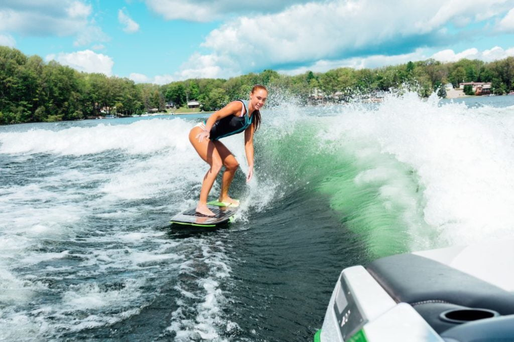 Staying Safe While You Wakesurf