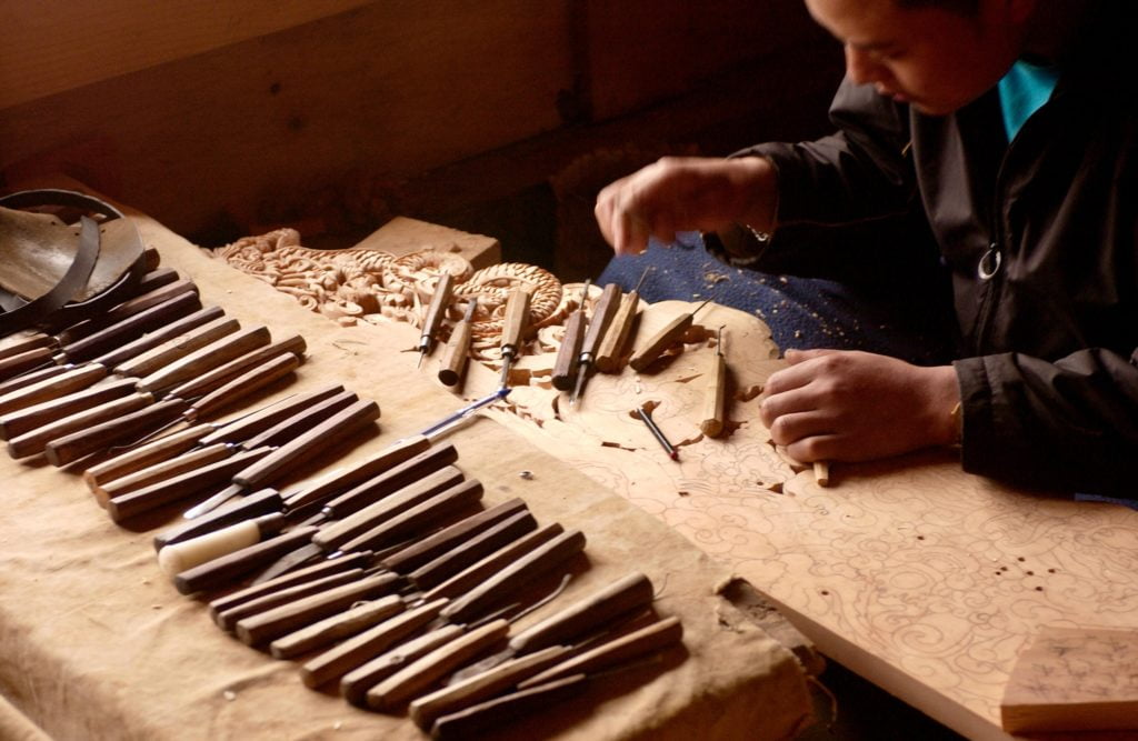 What Are the Types of Wood Carving