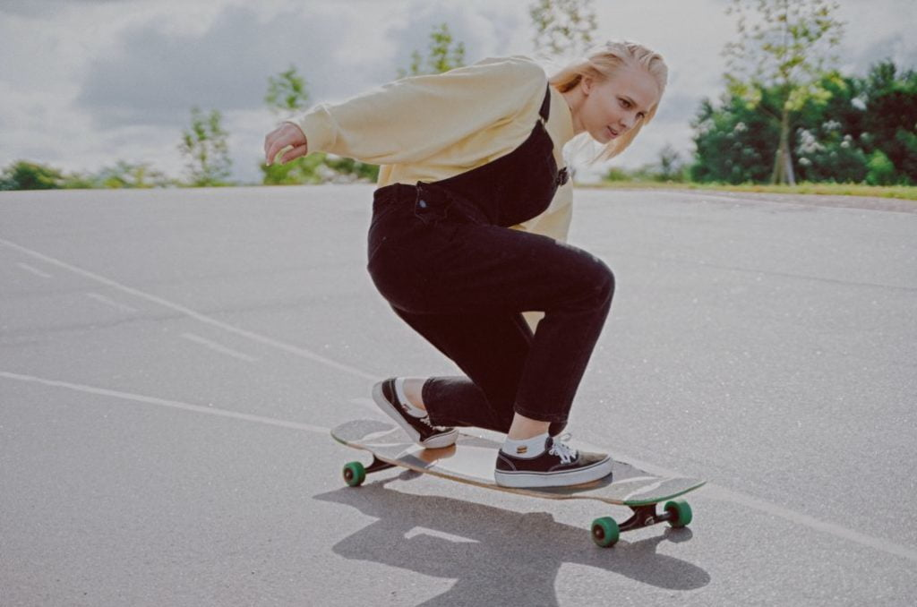 What is a Longboard Stance (1)