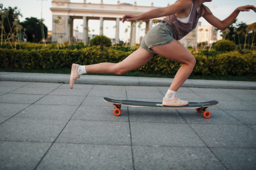 Helpful Tips for Practicing Longboard Pumping