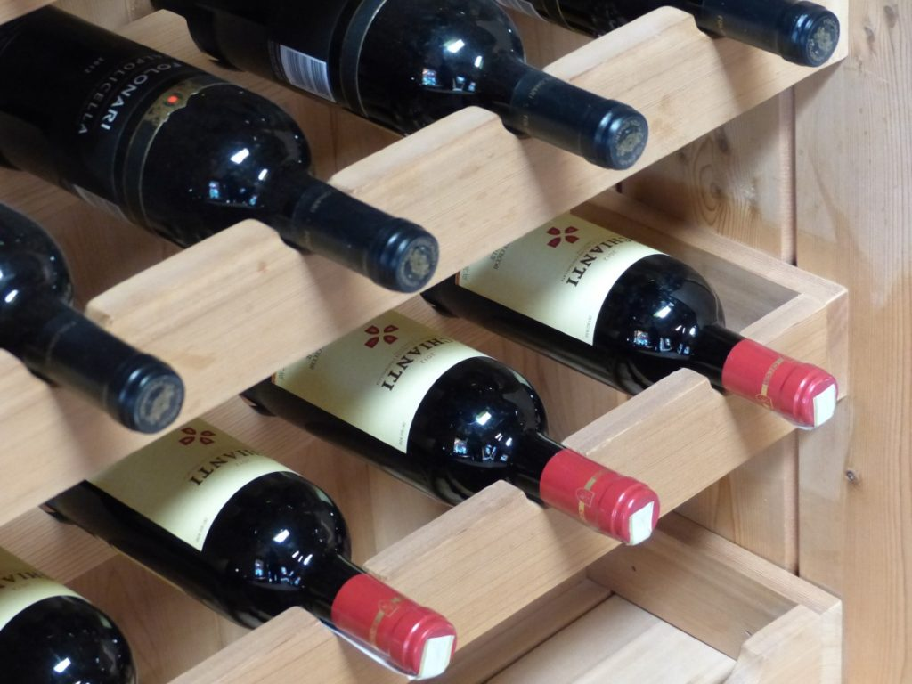 Is it Ok to Store Red and White Wines Together