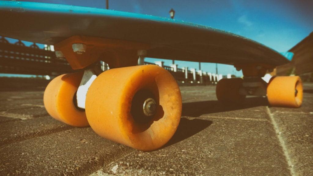 Longboard Trucks Vs. Skateboard Trucks